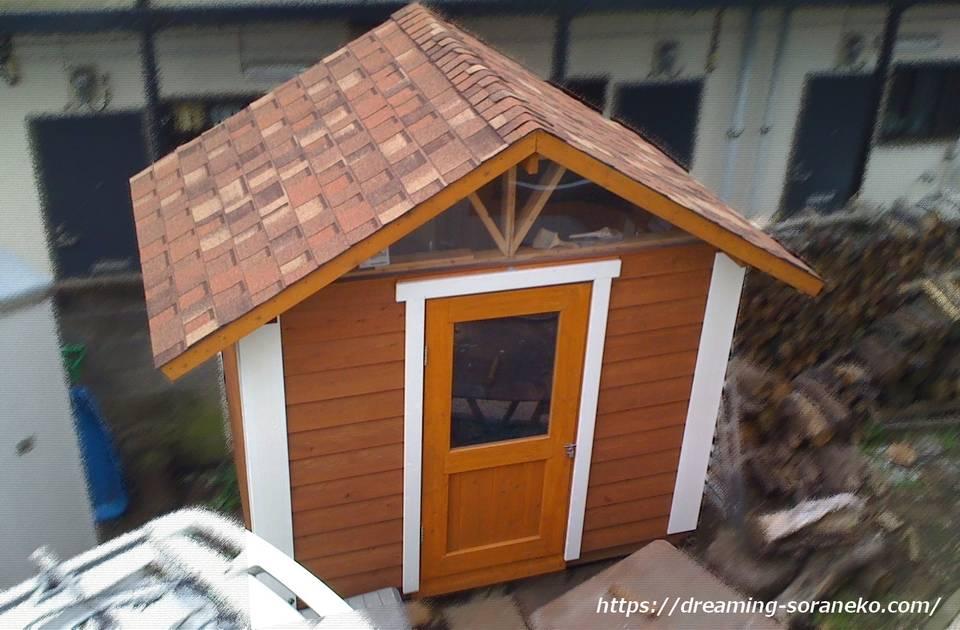 木製物置小屋
